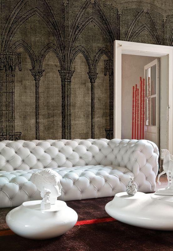 Living room interior design & decor / white leather tufted sofa & Gothic  wallpaper