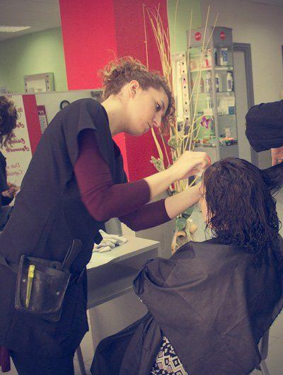 http://www.academia-peluqueria-estetica.com/  Academia de peluquería y estética Art MTX Parla  Todo tipo de cursos de peluquería y estética profesionales , 100% presenciales, practicando desde el primer día con clientes reales, bolsa de empleo . Empieza a trabajar ya !!!!  #Cursodepeluquería, #Cursodeuñas, #Cursodeestética, #Academiadepeluquería, #Cursodemaquillaje
