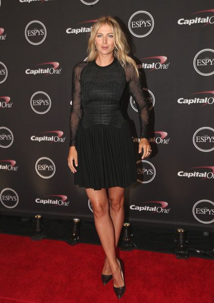 Maria Sharapova Photos Photos - Tennis player Maria Sharapova presents award for Best Game at The 2014 ESPYS at Nokia Theatre L.A. Live on July 16, 2014 in Los Angeles, California. - Backstage at the ESPYS