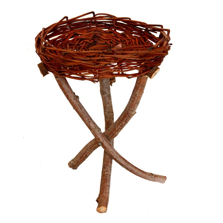 (http://www.thepoatinatree.com.au/willow-table/)