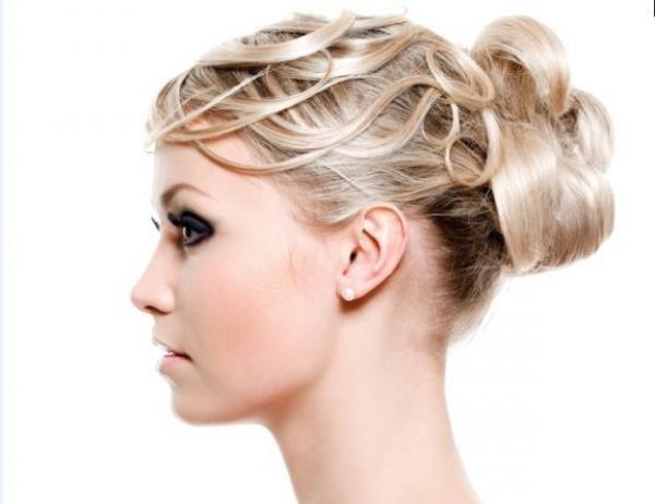 Comment obtenir une coiffure glamour pour la mariée