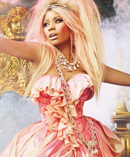 Nikki Minaj  I like the dress