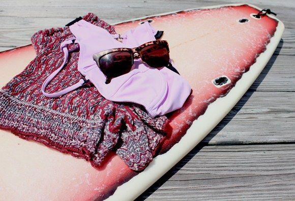 Details: In my Beach Bag  http://blog.freepeople.com/2012/05/details-beach-bag/Bags Blog, 25 Blog, Beach Surf, Beach Bags, Magic Summer, Lemonade Design, Pink Lemonade, Beach Design, Style Summer Spr