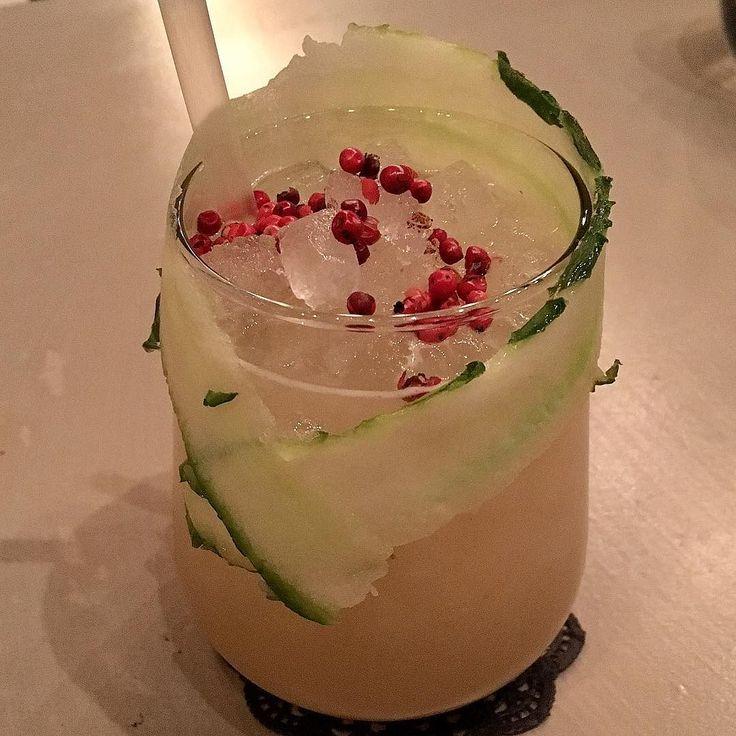 #monk #gin #dentheloumeprofiterol #coctailporn #pepper #edelflower @varniey7 @tserepas_aggelos