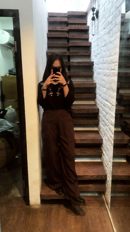 #cullotes #black #maroon Top: Uniqlo Pants: Uniqlo Shoes: Doc Mart