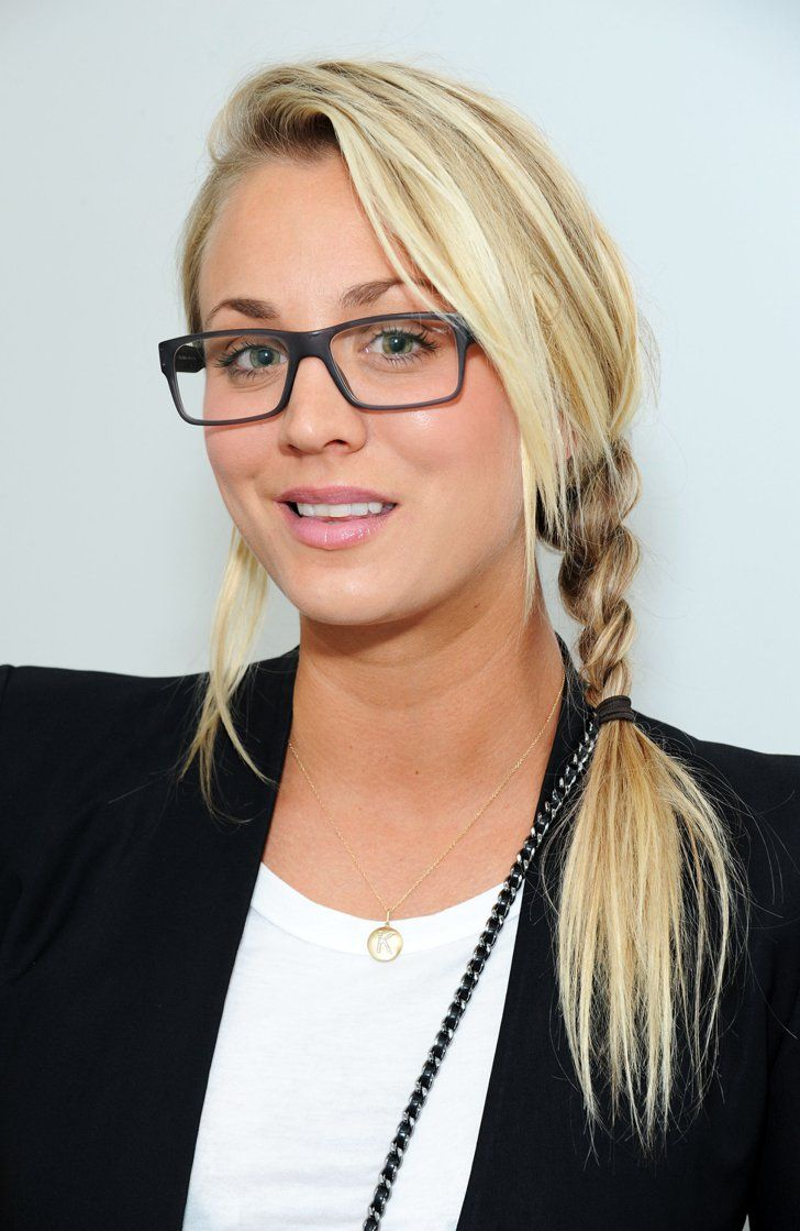 pictures of hair braids styles kaley cuoco brille platinblond und haar und 6098