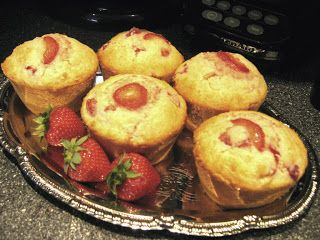 La cuisine en fête de Sakya: Muffins aux Fraises et Rhubarbe
