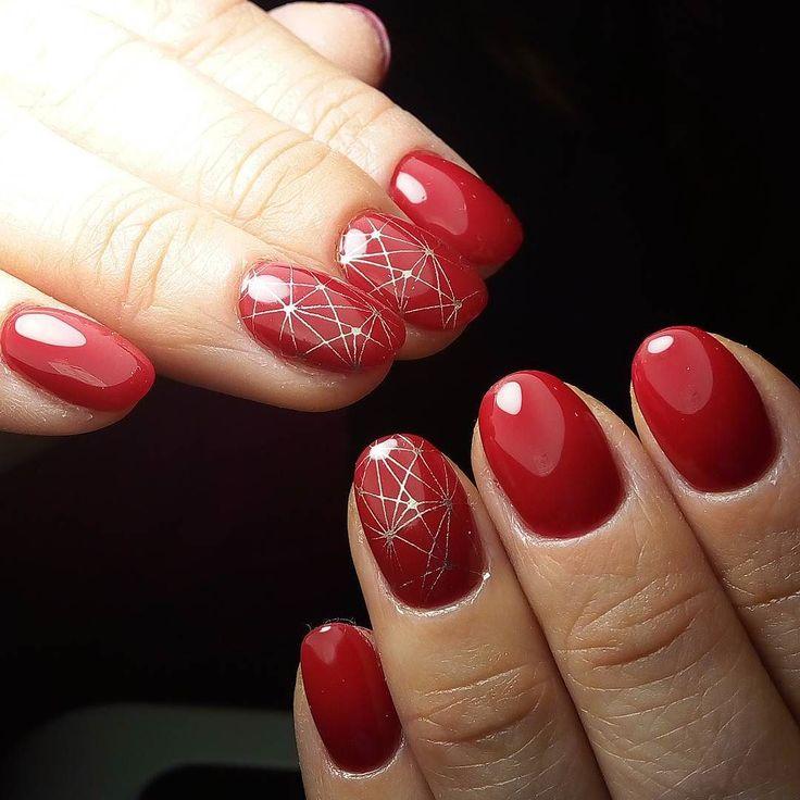 Шикарный красный от Beautix  в моей палитре достойное дополнение к Luxio  плотные насыщенные хорошо ложатся и отлично носятся   #маникюр #киев #виноградарь #маникюркиев #маникюрвиноградарь #качественныйманикюр #покрытиеподкутикулу #покрытиегельлаком #дизайннаногтях #красивыеногти #manikure #kiev #vinogradar #manikurekiev #manikurevinogradar #bestmanikure #bestnails #bestmaster #naildesign #nailart #nailstagram #nailsstyle #scra2ch by july_budnik