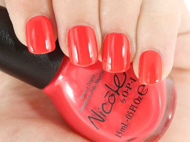 Nicole by OPI Nail Lacquer in Strike A Pose: Photo