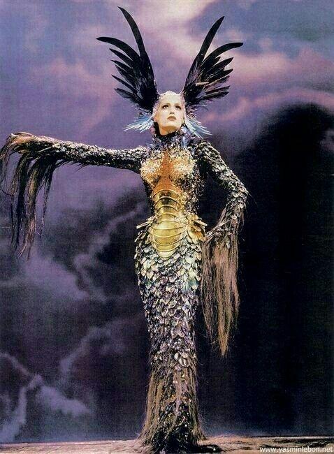 Fantasy costume #raven queen