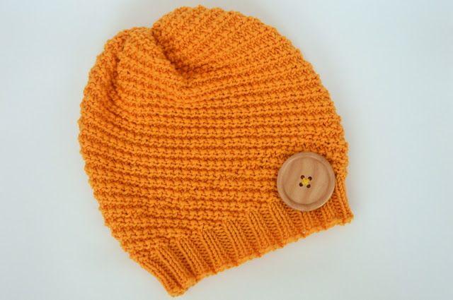 Knitted hat free pattern in Czech. Virgin merino wool.