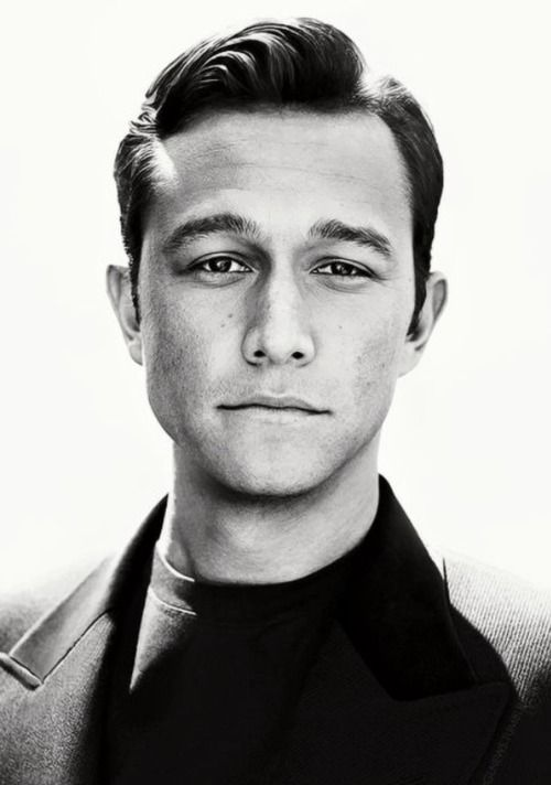 Joseph Gordon-Levitt.... almost posted this in my wedding board.