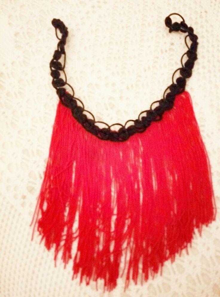 diy fringe necklace.so spanish