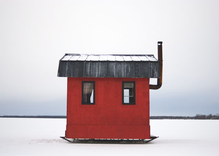 Cabin Porn™ – Ice fishing shacks on Lake Champlain, Quebec.