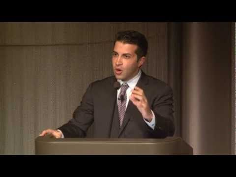 Mosab Hassan Yousef: Powerful Speech during a Religious Extremism Debate @ the Museum of Tolerance - YouTube