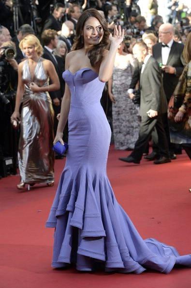 Ximena Navarrete in abito malva