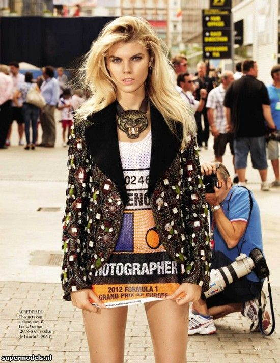 Marina Linchuk in 'Un Día En Las Carreras' - Photographed by Maciek Kobielski (Vogue España September 2012)    Complete shoot after the click...