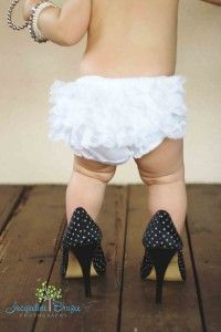 Mamas heels and pearls first birthday pictures