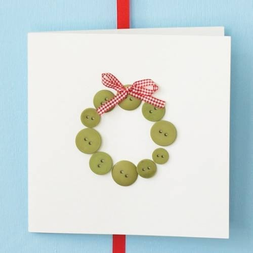 Button wreaths with a ribbon, really easy to make for your Christmas party invites this year.