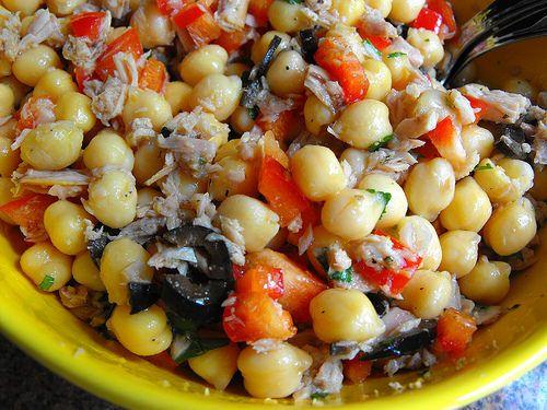 As receitas lá de casa: Saladinha de grão-de-bico