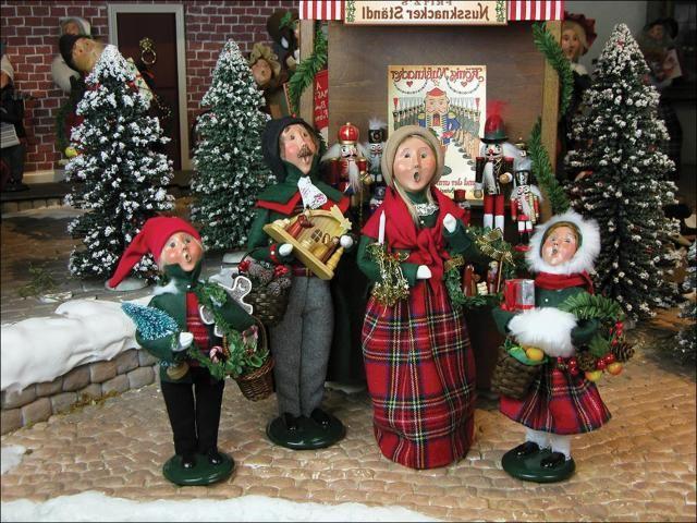 The 25+ best Caroler ideas on Pinterest Christmas carol themes - christmas carolers decorations