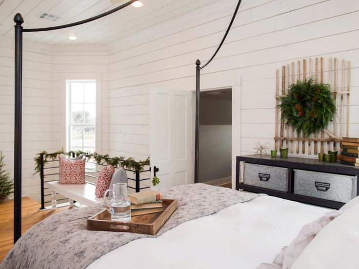 Perfect Magnolia House Furniture. Fixer Upper: Renovation And Holiday Decor At Magnolia  House Bed Breakfast