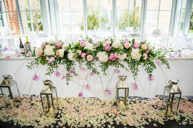 The Top Table #BijouRealWedding #BotleysMansion #TopTable #Wedding #WeddingFlowers #Floral #Beautiful #Elegant #Dreamwedding