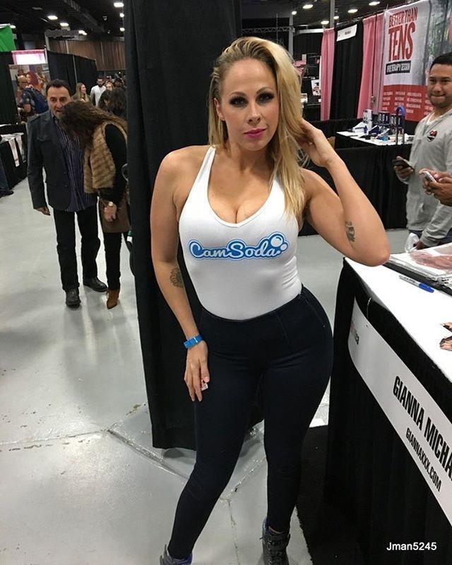 Gianna Michaels 4