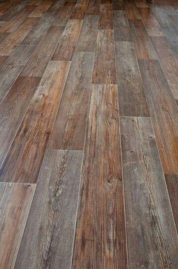 Wood Planks Linoleum Flooring That