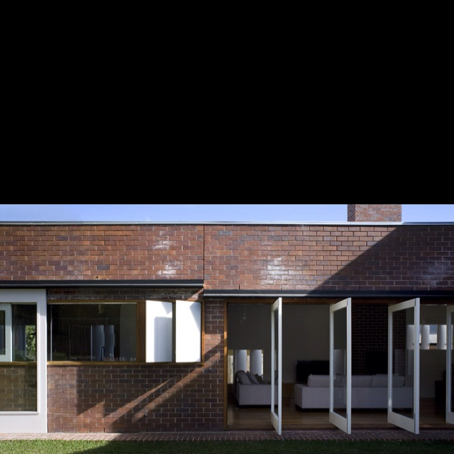 Simple brick...done beautifully by Owen & vokes