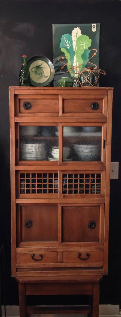 Purchased this small kitchen cupboard (Mizuya) from Kyoto Antiques to hold my collection of blue and white Japanese bowls and plates. (Late Meiji or early Taisho era.)