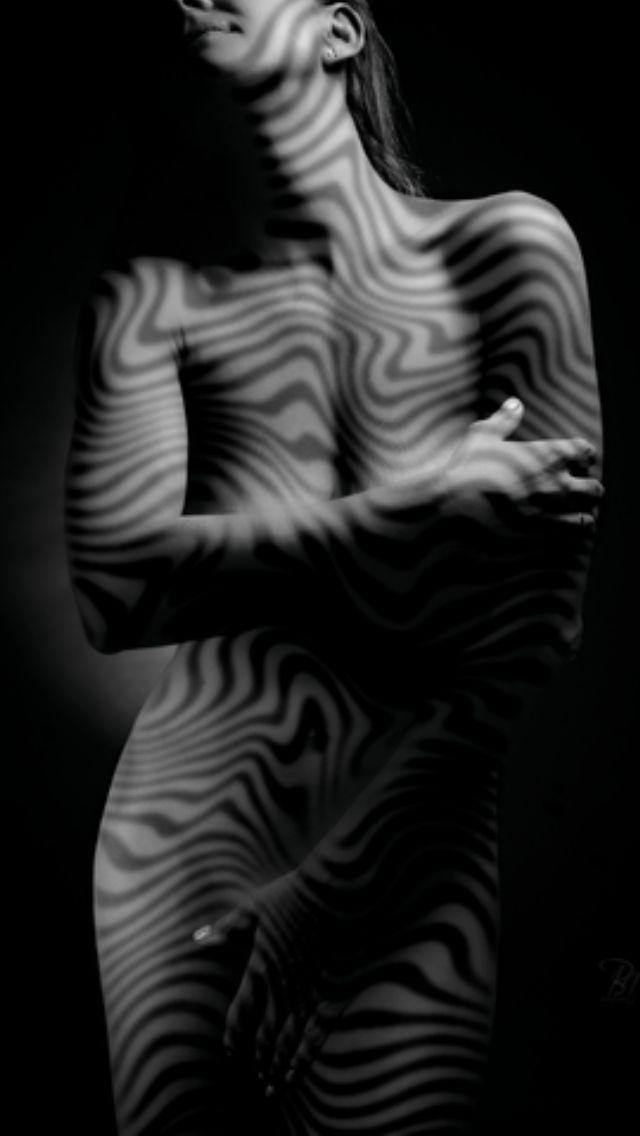 Művészi aktfotózás árnyjáték