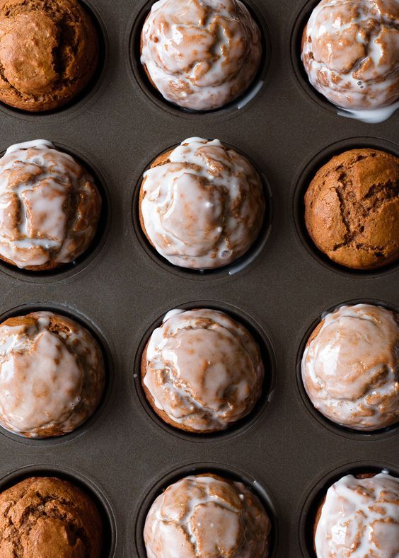 One Bowl Pumpkin Gingerbread Muffins via forkknifeswoon.com | @forkknifeswoon