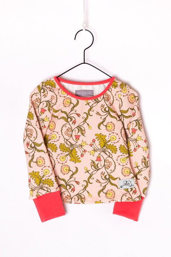 """Girls long sleeve shirt // """"Funny flowers"""" by Poutapukimo on Etsy"""