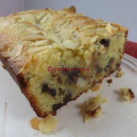 Gâteau aux amandes et pépites de chocolat... Excellent..!
