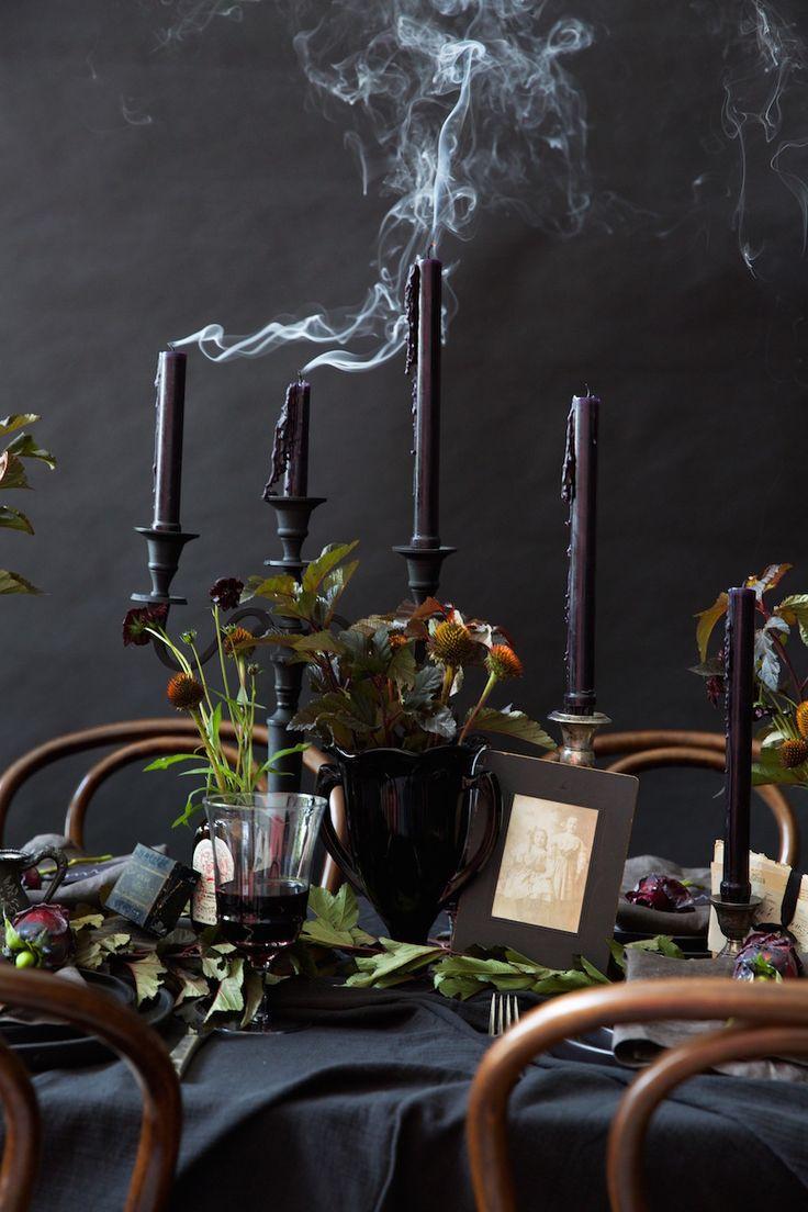 best 20 halloween dinner parties ideas on pinterest. Black Bedroom Furniture Sets. Home Design Ideas