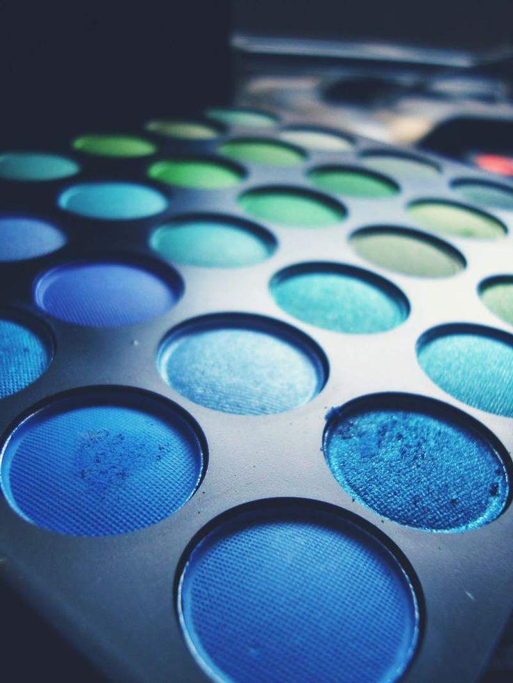Las 25+ mejores ideas sobre Sombra de ojos azul en ...