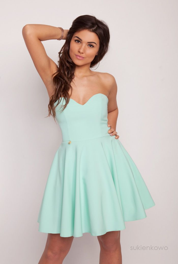 Sukienkowo.pl - Rozkloszowana miętowa sukienka MENRIN