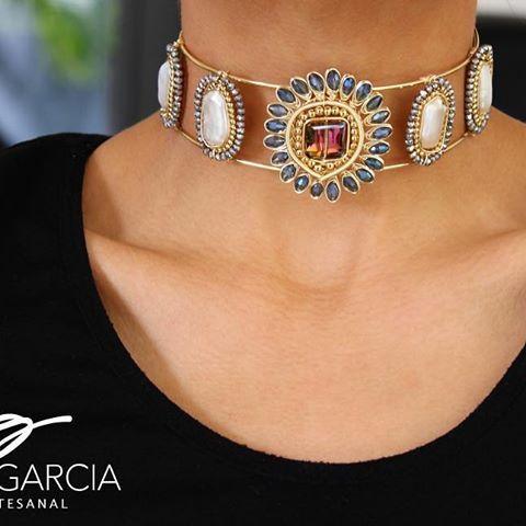 〰PG〰 Bonito Domingo〰 #pgjoyeriaartesanal #chapadeoro #hechoamano #diseñomexicano #mexico #vivamexico #mexicocreativo #ideartemexico #artesanos #losmochis #handmadejewelry #choker #necklace
