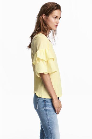 Bluză cu volane la mâneci - Galben-deschis - FEMEI | H&M RO