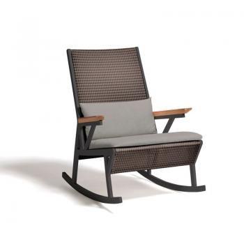#Kettal rivede e rinnova la sedia a dondolo