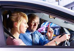 Tips For New Women Driving Learners