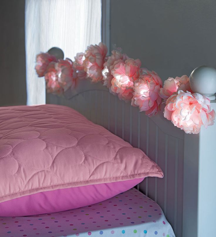 These Peony String Lights would be so cute and girly in a makeup/dressing room!