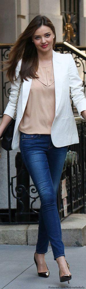 Miranda Kerr - jeans, blazer and pastel