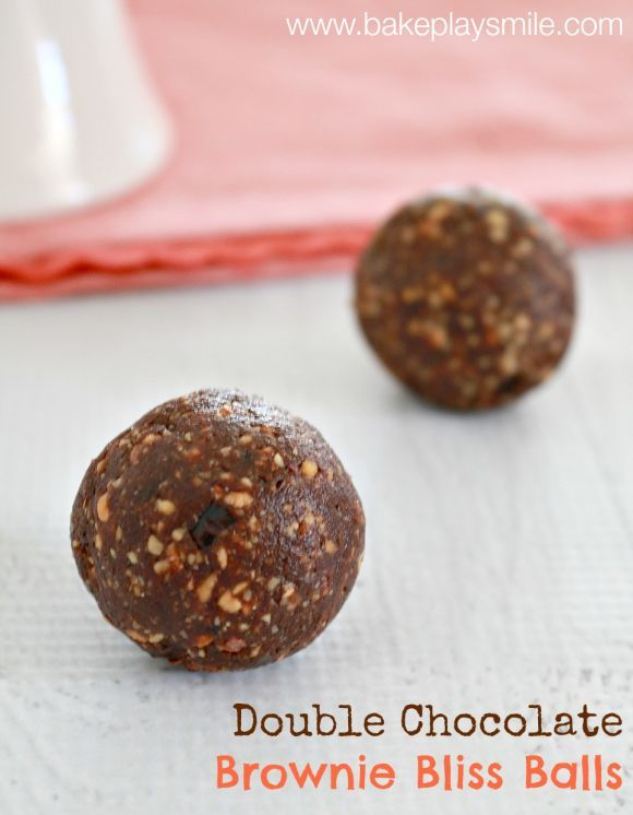 Double chocolate brownie bliss balls are totally raw, guilt-free & incredibly delicious! Ready in just 5 minutes... these really are the best healthy treat! #bliss #balls #best #double #chocolate #brownie #easy #recipe #thermomix #conventional #healthy #fit