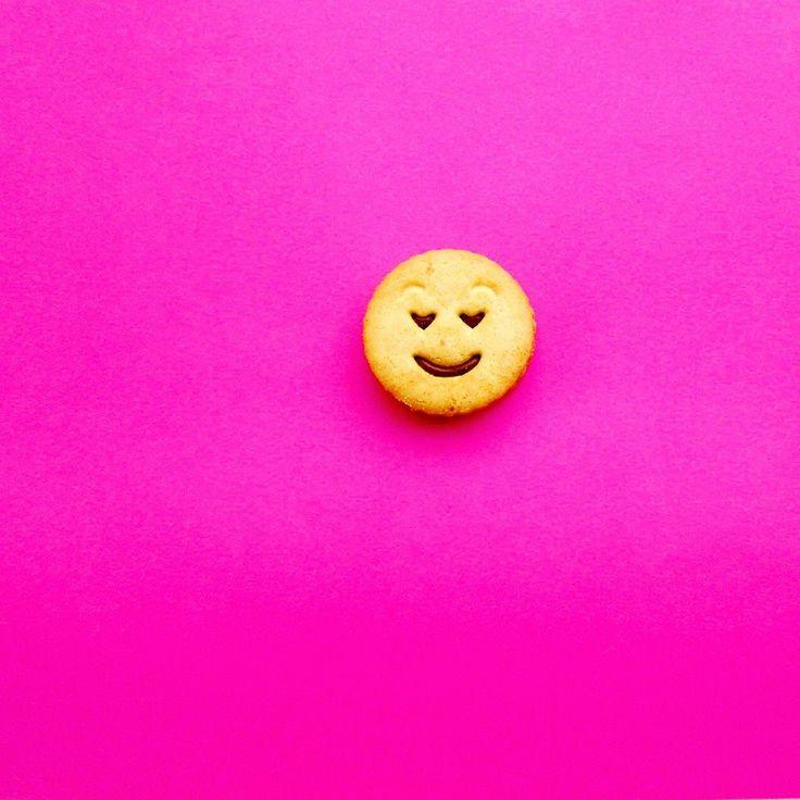#love #valentinesday #valentinesdiy #valentine #cookie #tity #party #partydecor #eventdesigner #eventdesign #eventplanning #eventplanner #pink #food #breakfast #gift #minimal #design #withlove #handmade #diy #spain #zaragoza