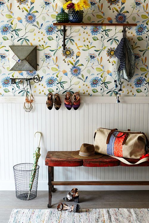An Entryway with Something to Say: Floral Wallpapers, Entryway Wall, Umbrellas, Benches, Decoration Hallways, Wallpapers Entryway, Bags, Hallways Wallpapers, Country Homes