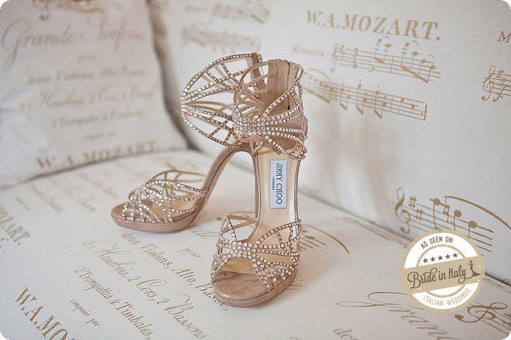 Jimmy Choo bridal pumps are simply amazing... Ph Michela Magnani http://www.brideinitaly.com/2013/12/magnani-circus.html #circus #whimsical #wedding #italy