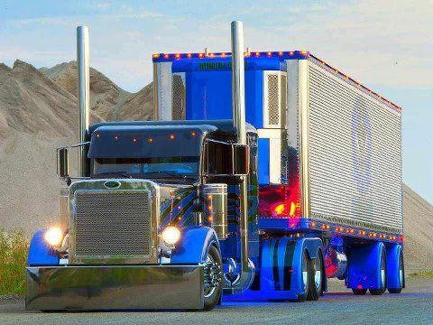 I really like this rig and it's design flows from tractor to trailer
