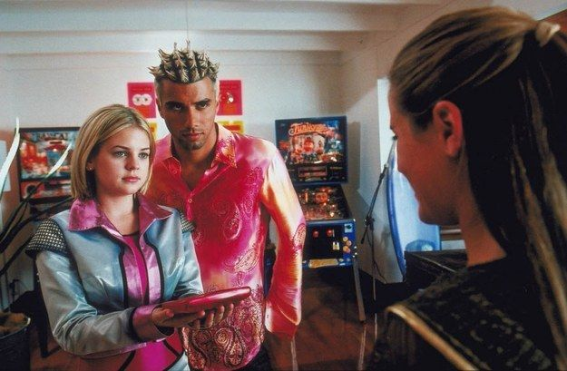 Zenon: The Zequel (2001) | The Definitive Ranking Of Disney Channel Original Movies...kind of forgot about these.